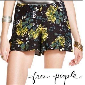 Free People Black Floral flutter shorts.     (A39)